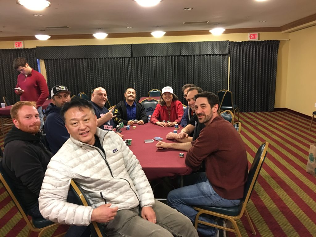 Piranha poker team